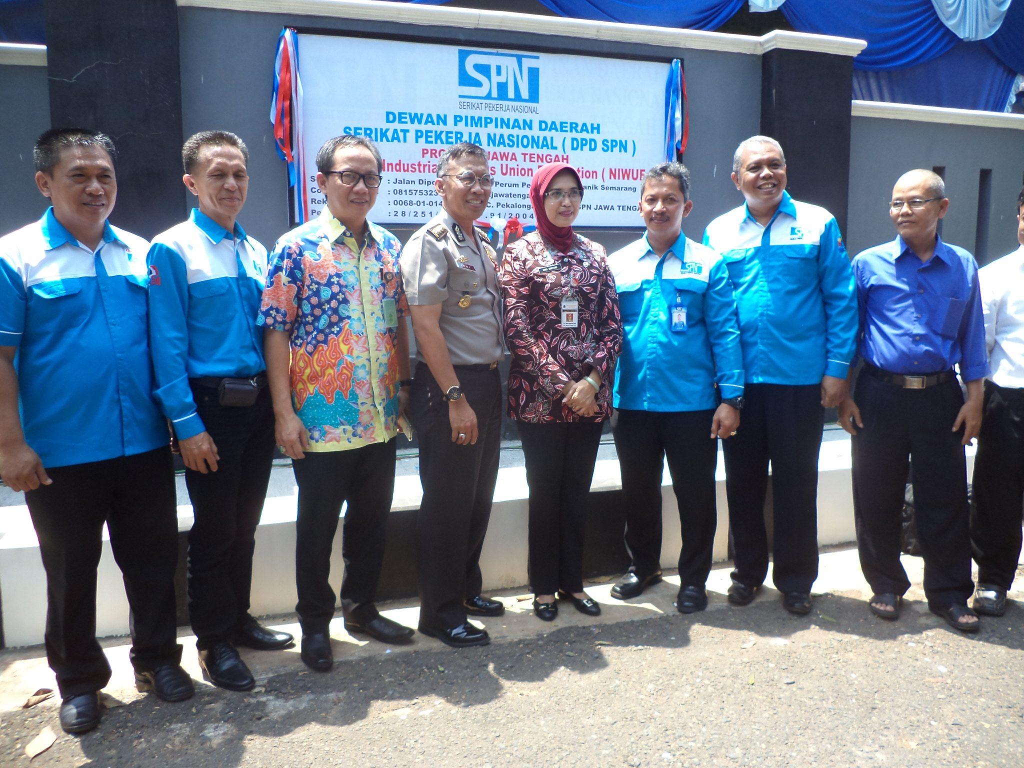 Gubernur Ganjar Pranowo Resmikan Kantor DPD SPN Provinsi Jawa Tengah