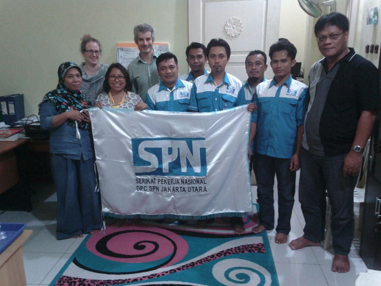 TIM OXFAM AUSTRALIA SURVEI UPAH di DKI JAKARTA