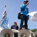 BURUH CIMAHI MENOLAK REKOMENDASI UMK 2018 YANG BERDASARKAN PP NO 78/2015