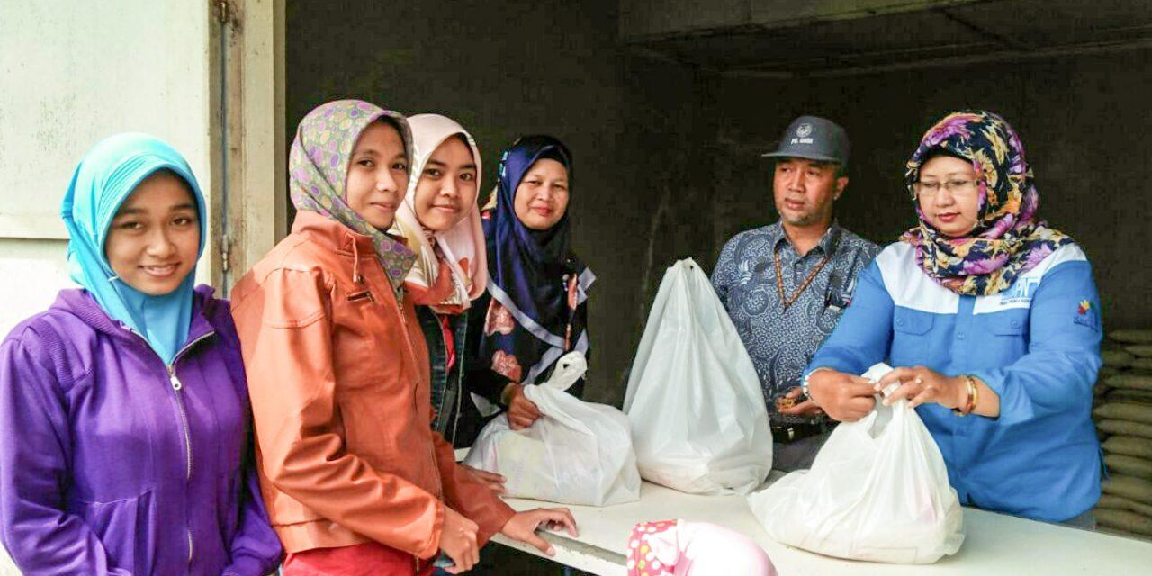 BAKTI SOSIAL PABRIK CAMBRIK GABUNGAN KOPERASI BATIK INDONESIA